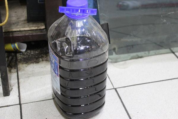 Черное масло в АКПП 6F35